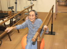 認知症進行予防・機能改善プラン(学習療法・タオル体操・ボール体操・音楽療法)